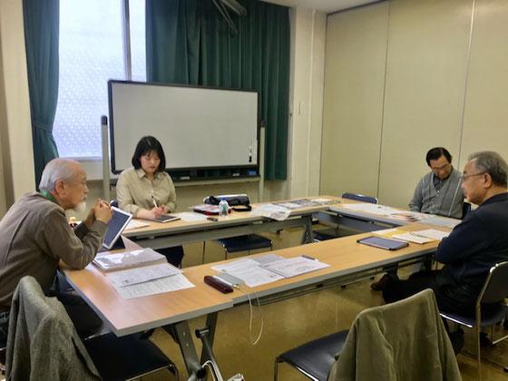 ☆左からせたがやすまほ研究会の真貝高三さん。インタービュアーの日本ドイツ研究所の朴シウンさん。せたがやすまほ研究会の岡崎宏さん、優友会の中島勇二さん。