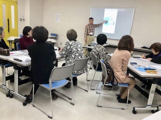 ☆山根の1分間スピーチは先週に引き続いて「キャッシュレス講座―Suica編」。昨年来マスコミで話題になっており結構関心が高い。