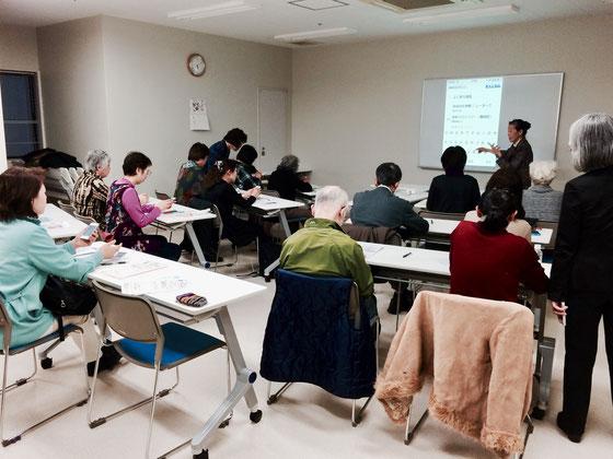 ☆2015年1月31日の NHK学園くにたちオープンスクール iPhone体験会風景。
