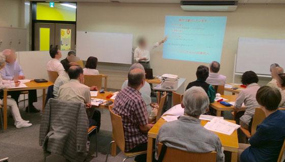 ☆昨年平成28年度シニア情報生活アドバイザースキルアップ研修の講座風景。午前の部。午後もほぼ同数。