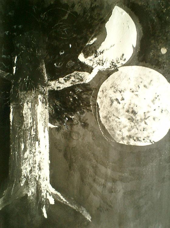 木に月ふたつ A Tree with Two Moons Sumi ink on Kent paper 2004? ©︎ Hanae Tanazawa