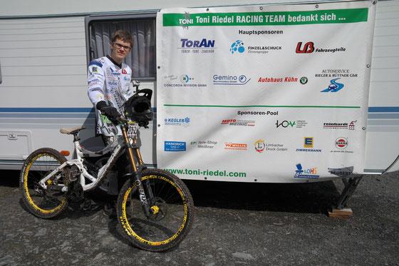 Gaststart im Rookies Downhill Cup in Steinach - Start in die Saison 2015