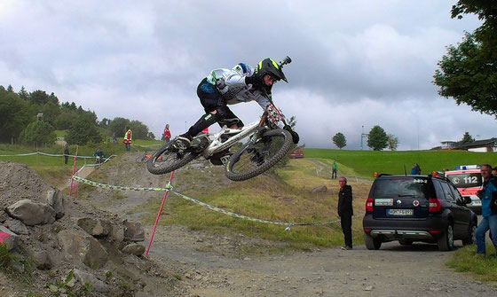 2. Rennen im iXS German Downhill Cup beim Bike Festival in Willingen Upland vom 13.-15.06.2014