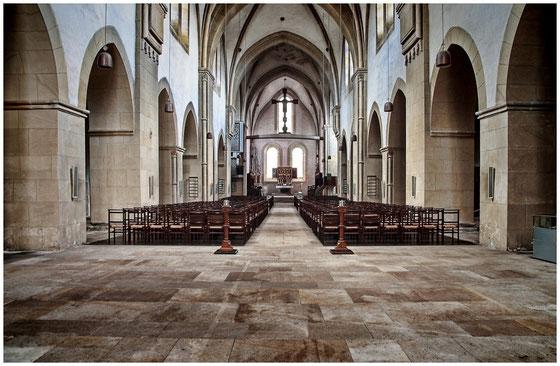 Klosterkirche Loccum: Innenansicht nach Osten      CC BY-SA 3.0     File:Kloster-Loccum - Kirche - Innansicht nach Osten.JPG     Hochgeladen von Misburg3014     Erstellt: 28. Juni 2015