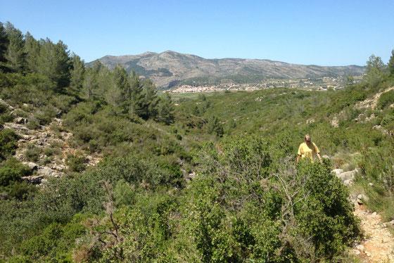 Met Llíber op de achtergrond beklim je de berg