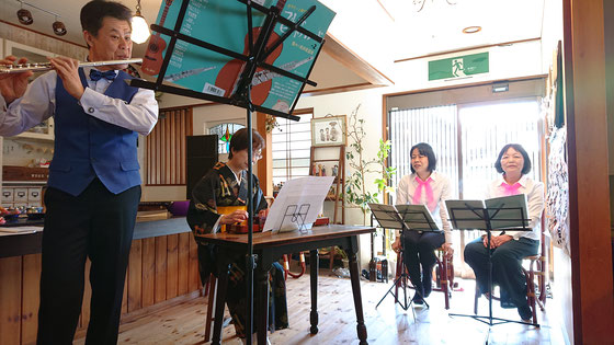 先日行われた「三色団子」さんの演奏会   朝ドラ主題曲メドレーをフルートで(^^♪