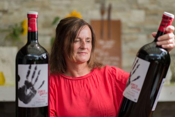 Wein sollten Sie in Ruhe verkosten, bevor Sie Ihre Entscheidung fällen, am besten bei einer Weinverkostung zu Hause.