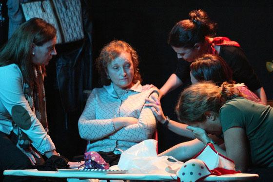 Sostenes, representada por el grupo Sostén teatro, escrita y dirigida por Jose Aurelio Martín