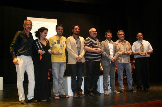 Ganadores del I Certamen Simprota de Teatro Joven, con el Alcalde de Medina Sidonia, Manuel Fernando Macías, y Jose Aurelio Martín, director del I Certamen Simprota