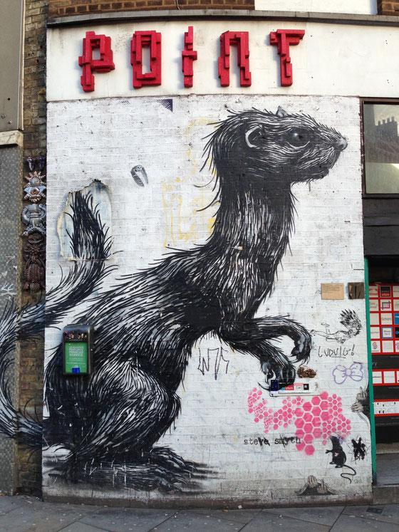 Streetart: Great Estern Street, London