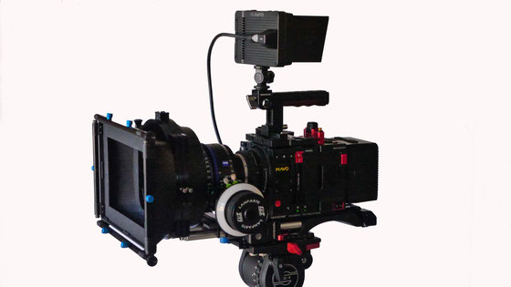 The fully rigged MAVO cinema camera with Zeiss CP.3 Prime lenses