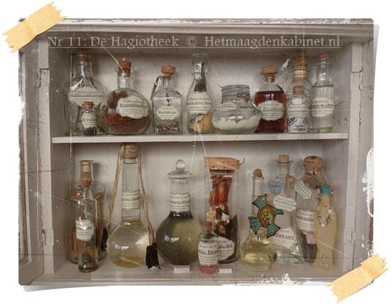 De Hagiotheek: een medicijnkast vol heiligenmiddeltjes hetmaagdenkabinet ©EllenEvaBrouwers