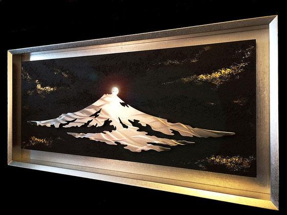 私、鈴木尚和が制作しました「ダイヤモンド富士」