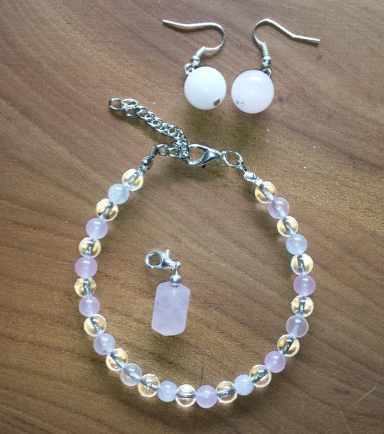 Armband Rosenquarz und Bergkristall, Ohrringe und Anhänger Rosenquarz