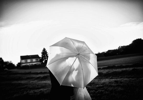 Hochzeit Bremen, Hochzeit Stuhr, Hochzeit Oldenburg, Hochzeitsfotograf Bremen, Hochzeitsfotograf Stuhr, Fotograf Bremen, Fotograf Stuhr, Hochzeitskleid, Braut, Ringe, Lür-Krop-Hof, Weser, Sabine Lange