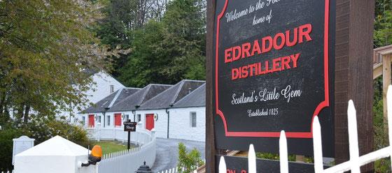 The Ten Whiskys kommen aus dem Fasslager von Signatory, Distillery Edradour
