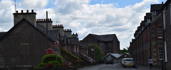 Das Dorf Deanston ist ein Musterbeispiele eines frühen Industriemühlendorfs  - Foto Ralf Zindel