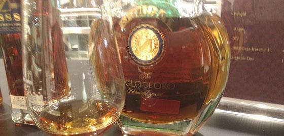 Rum Brugal Siglo de Oro - Foto Ralf Zindel