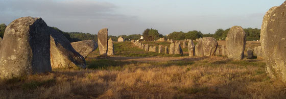 Grabreihen von Carnac (Südl. Bretagne)