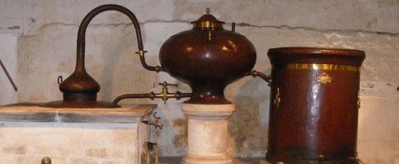 Cognac Baron Otard - historische Alambic Charantaise