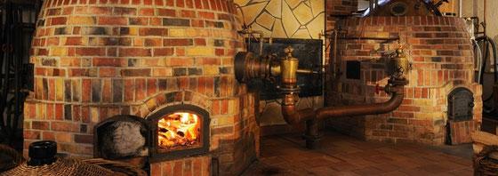 Brennerei Scheibel - Pot Still Anlage die mit Holz befeuert wird