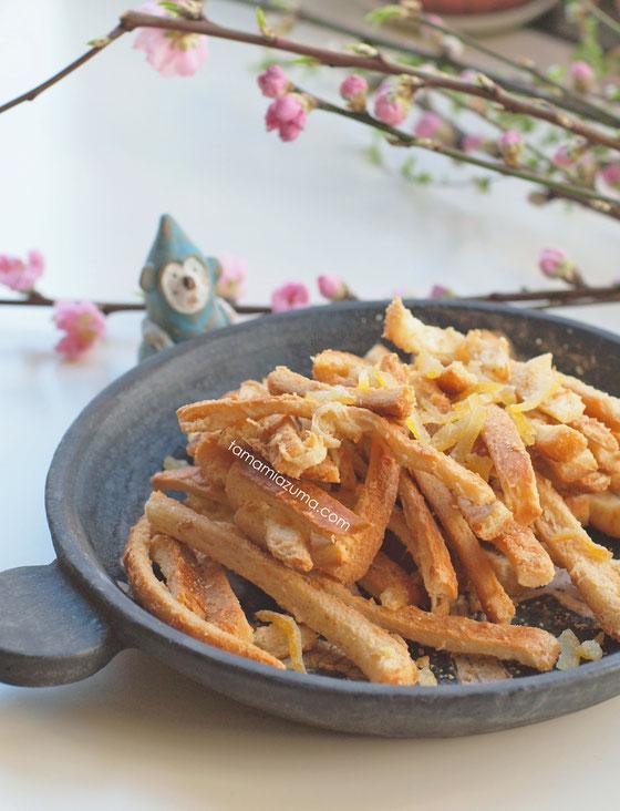 「パンの耳のラスク」Cocciorinoグラタン皿