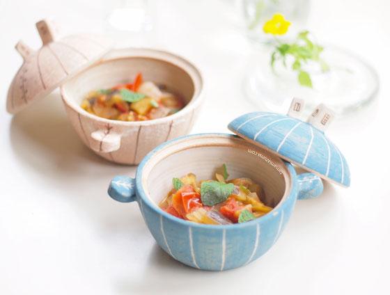 「ナスとトマトとミントの先取り夏野菜スープ」 ミニ土鍋