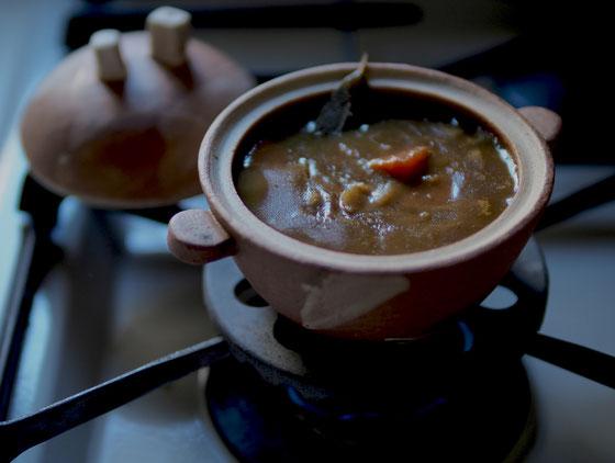 ひとりぶん温めようミニミニ土鍋