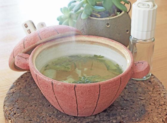 山椒は小粒でもぴりり春菊スープ/Cocciorinoミニミニ土鍋