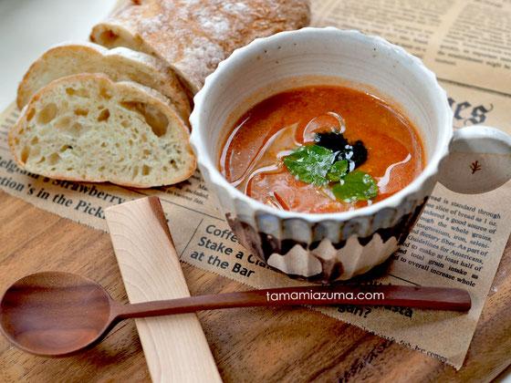 「空豆とトマトのスープ」Cocciorinoカップ