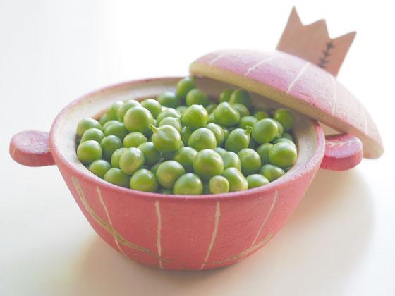 フレッシュなグリンピース/ミニ土鍋(金継ぎ仕様)
