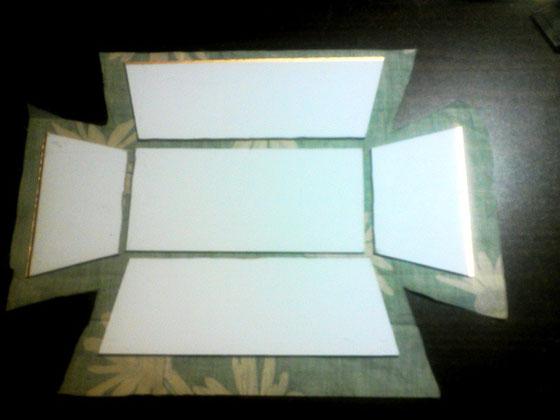 折りたたみ式トレイ_カルトナージュの作り方01