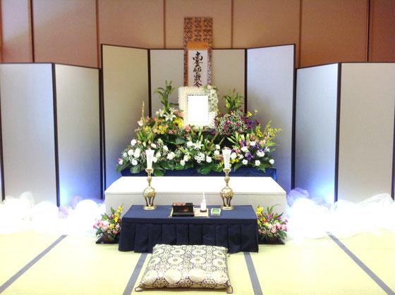 野菊の里 控室祭壇