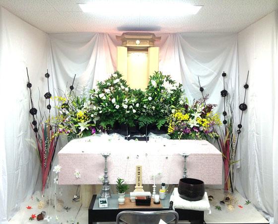 友人葬の花祭壇