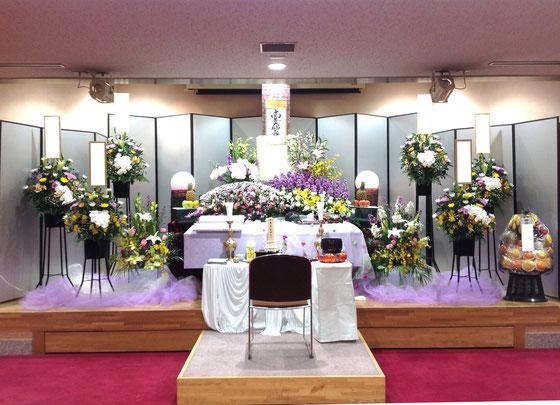 すみれホール 花祭壇