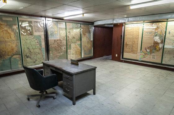 Sala de mapas principal dentro del búnker