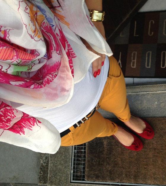 Outfit mit Hose von Anouk.