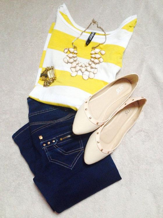 Oberteil: Takko / Jeans: monday / Ballerina: SDS / Uhr: Guess / Kette: H&M