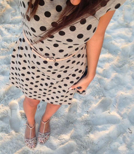 Kleid H&M, Sandalen (S)-Accessoires