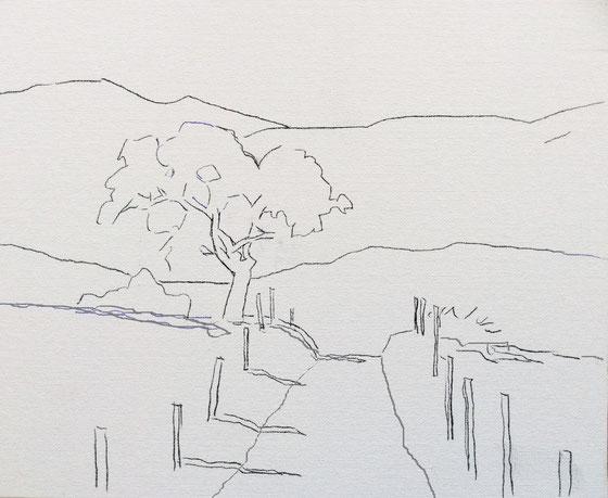 Baum mit Bergpanorama