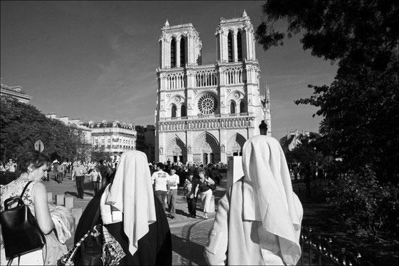 Tourisme et dévotion, 2002