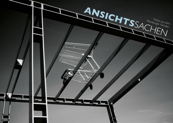 """Das Medienprojekt brachte die 36 seitige Fotobroschüre """" Ansichts Sachen """" heraus. (Auflage 1000)"""