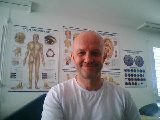 Mein Name ist Heinz Neuenschwander. Energie- und Informationscoach. Ich komme aus Studen BE in der Schweiz.