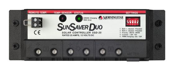 Mit der SunSaver Duo-Serie werden Starter- und Aufbaubatterie auch bei längeren Standzeiten immer professionell nachgeladen.