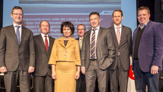 Teilnehmer FABI-Podium: Peter Keller, Niklaus Bleiker, Doris Leuthard, Robert Küng, Hans Wicki, Renato Fasciati, Oliver Kuhn