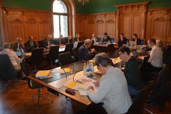 Gemeinsame Sitzung der Subkommission 2 Finanzen des Ständerates und des Nationalrates unter Leitung von NR Peter Keller.