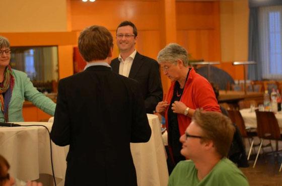 Jugendsession in Graubünden: mit den NR Rosmarie Quadranti (links), Silva Semadeni (rechts) und Martin Candinas. Mai 2013