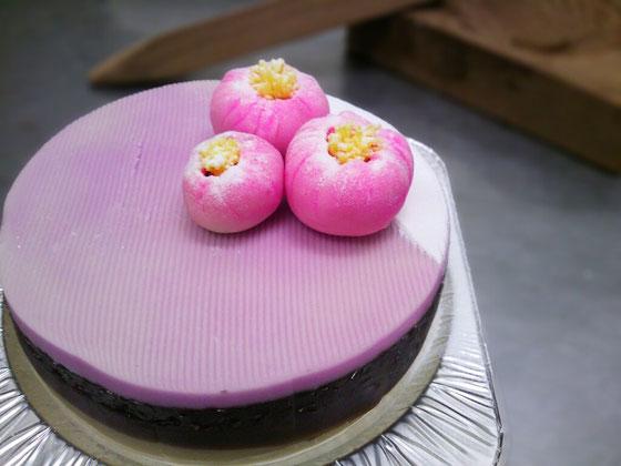 和菓子のケーキ 「シンプル&パープル」