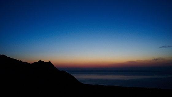 朝焼けと明星岳(黒味岳ガイドツアーにて)