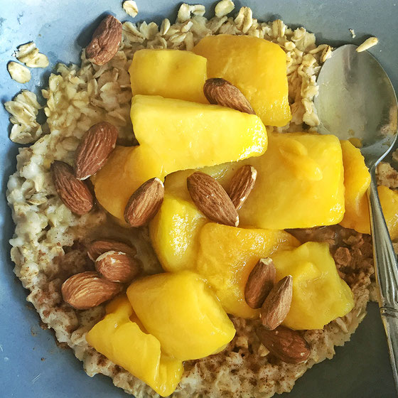 Want more healthy recipes to try? This Mango Almond Oatmeal is great for breakfast or for snacks.